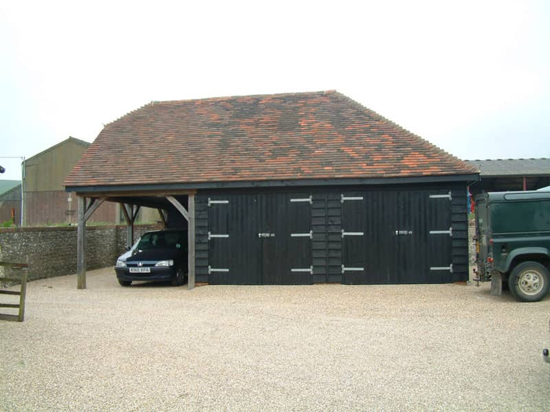 Double garage with carport