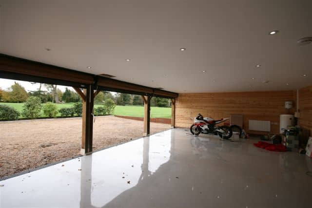 Room above Garage in Bedfordshire 5